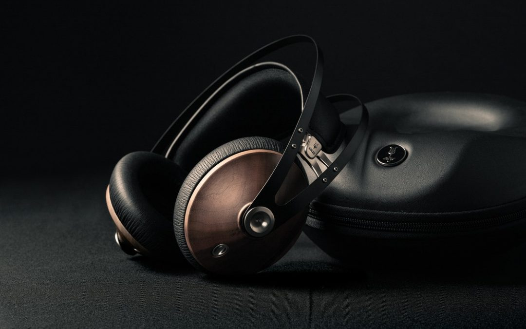 Choosing Headphones for Improved Sound Recording and Listening – A Must-Read