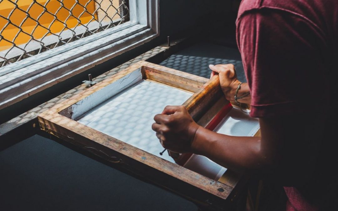 Screen Printing Today – The Evolution of One of the Oldest Printing Options
